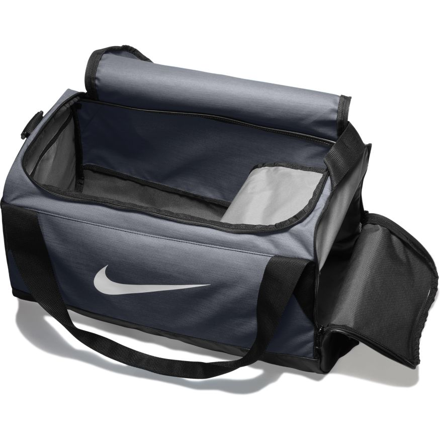 6b879bdfe2b06 ... torba Nike Brasilia Small Training Duffel Bag BA5335 064